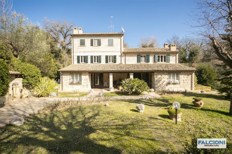 Pesaro - zona santa veneranda - unifamiliare villa in vendita